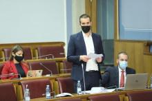 <p>Министар Милојко Спајић јуче у Скупштини</p>