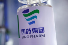 <p>Вакцина Синофарм ( ројтерс)</p>