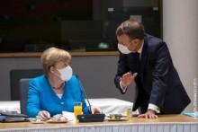 <p>Меркел, и Макрон</p>