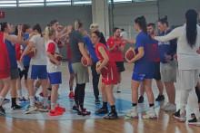 <p>Са тренинга кошаркашица Црне Горе</p>