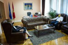 <p>Бранка Бошњак и Владислав Вујковић на састанку</p>