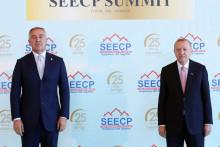 <p>Мило Ђукановић и Реџеп Тајип Ердоган на самиту</p>