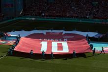 """<p>Подршка за Ериксена пред меч Данска - Белгија на """"Паркену"""" у Копенхагену</p>"""