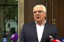 <p>Мандић предложио разговоре лидера већине</p>