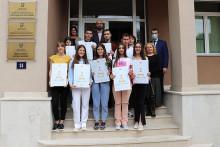 <p>Награђени ученици Средње стручне школе</p>
