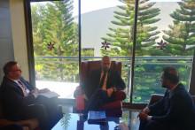<p>Састанак са Насером Алимом</p>