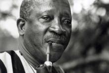 <p>Сенегалски редитељ Усман Сембене (1923 - 2007)</p>