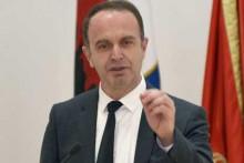 <p>Ник Ђељошај</p>