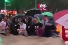 <p>Поплаве у Кини</p>