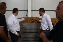 <p>Министарство наставља да помаже пољопривредницима</p>