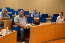 <p>Представници предлагача и чланови одбора</p>