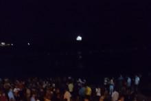 <p>Са једне од журки на плажи</p>