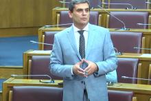 <p>Посланик Ибрахимовић</p>