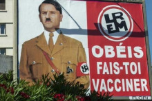 <p>Emanuel Makron kao Hitler</p>