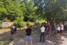<p>Протест мјештана Бара Краљских и Речина</p>