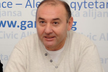 <p>Синиша Бјековић</p>