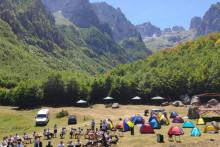 <p>Eko-kampi në luginën e Grebajes</p>