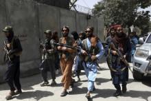 <p>Наставља се драма у Авганистану</p>