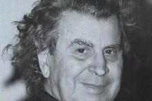 <p>Микис Теодоракис</p>