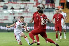 <p>Косовић је водио велику борбу са фудбалерима Турске</p>