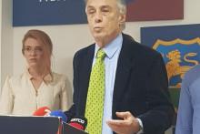 <p>Лекић на јучерашњој конференцији за новинаре</p>