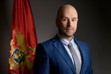 <p>Министар Радуловић</p>