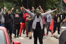 <p>Са ранијег протеста на Цетињу</p>