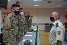 <p>NGS s novim oficirima</p>