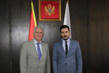 <p>Јокић и амбасадор Румуније</p>