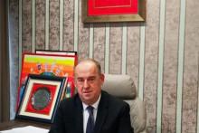 <p>Директор управе за спорт и младе: Василије Лалошевић</p>