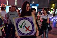 <p>Protest protiv novih zdrastvenih mjezra</p>