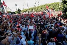 <p>Тунижани траже смјену предсједника</p>