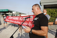 <p>Горан Ђуричковић на једном од протеста</p>