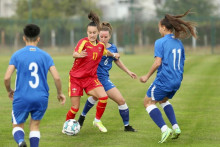 <p>Први меч дама на стадиону тренинг кампа ФСЦГ</p>