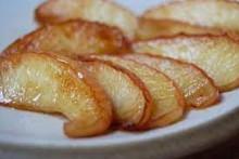 <p>Печене јабуке</p>